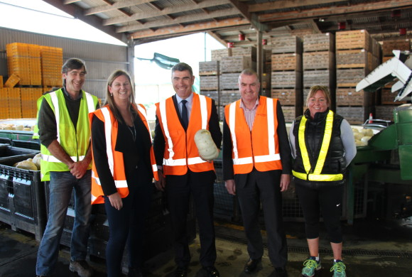 Government Ministers Enjoy Hawke's Bay's Finest Organic Produce